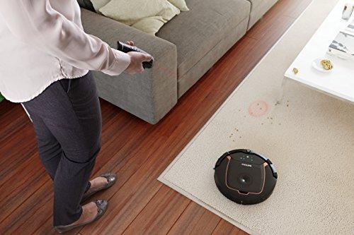Philips Saugroboter Smart Pro Active mit dreistufigem Reinigungssystem